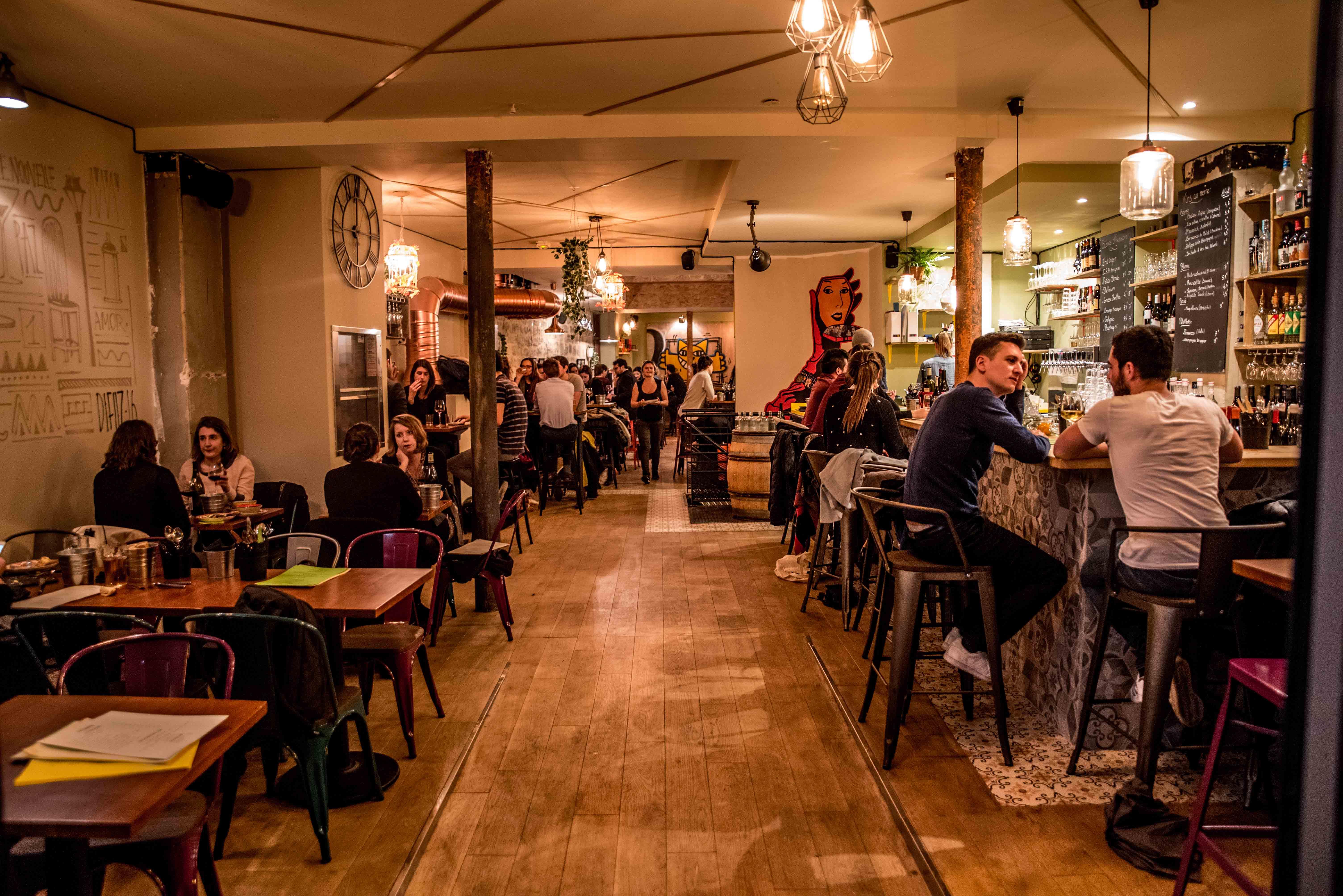 La boissonni re un bar tapas convivial au coeur du sentier oopsie blog - Salon de la decoration paris ...