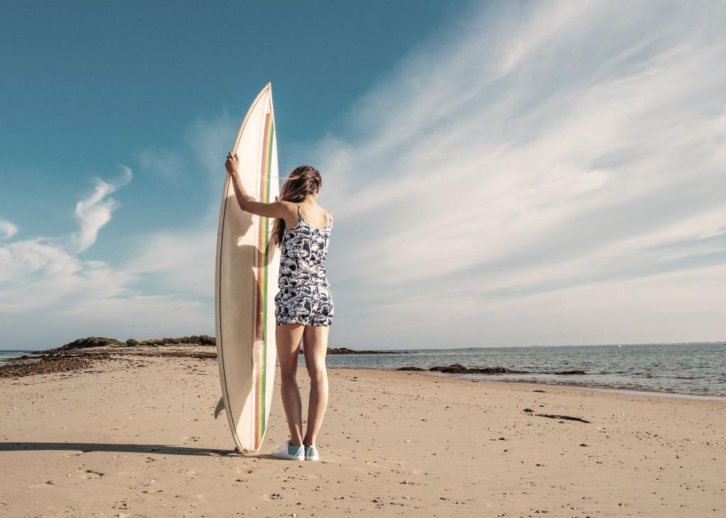 Femme surf