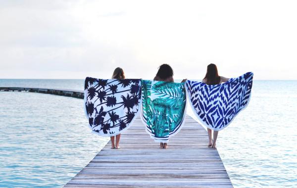 Les Antillaises : de jolies serviettes de plage rondes inspirées par les îles tropicales