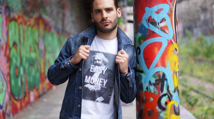 Daryus : le t-shirt à message positif des Parisiens
