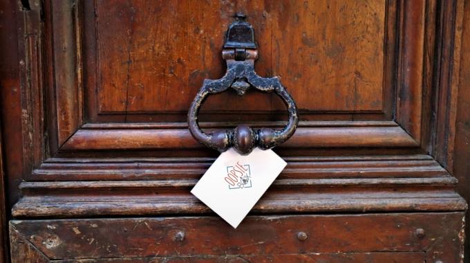 La Oopsie Box, la box anti-routine des parisiens curieux !