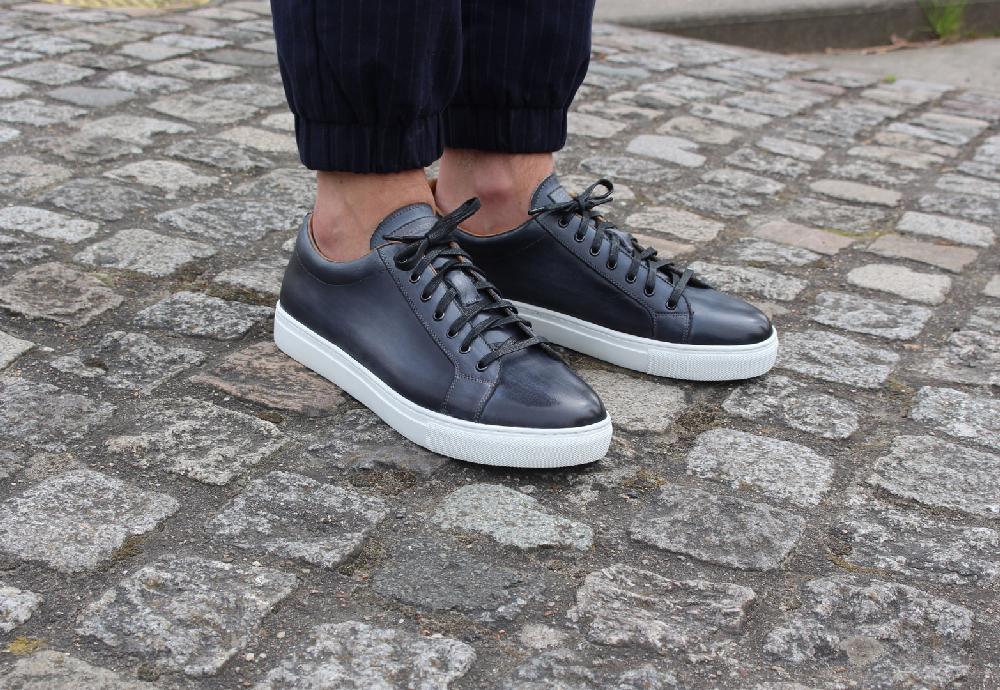Les-Crafteurs_Josh-Sneaker-gris-lunaire-patine