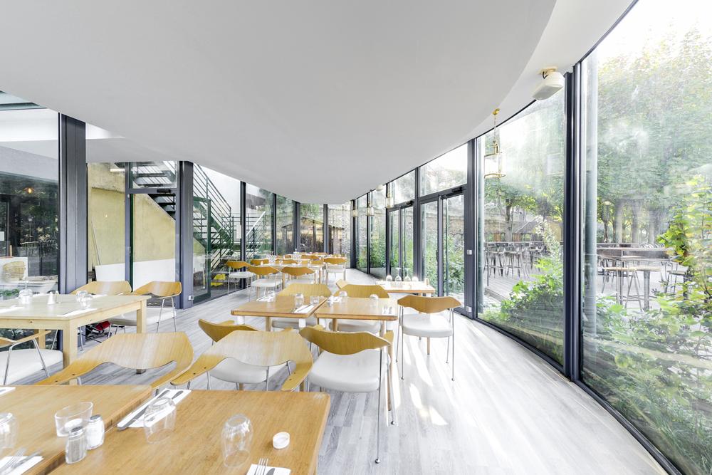 Le Grand Bleu : un jardin d'hiver chauffé au bord de la Seine