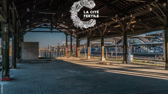 La Cité Fertile : une friche éphémère dans une ancienne gare aux portes de Paris
