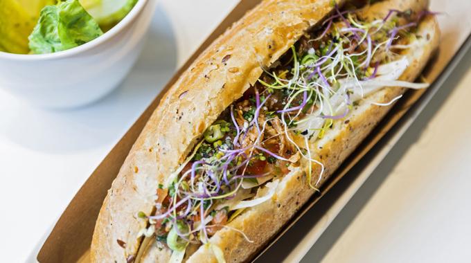 Le Café Jules réinvente le hot dog « à la francaise »