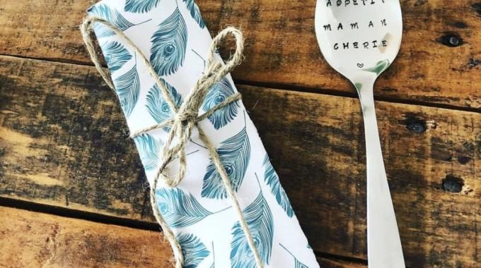 Spoon and co: des couverts personnalisés gravés à la main