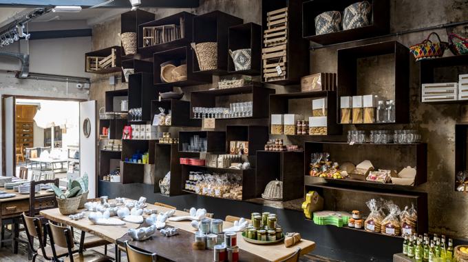 Borgo Delle Tovaglie, concept store et restaurant italien de 700m ²