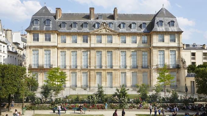 Claude Rutault et Alexander Calder au Musée Picasso Paris