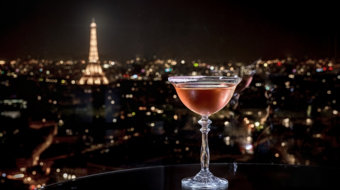 Windo, le bar à cocktails et à Champagne avec vue sur les toits de Paris