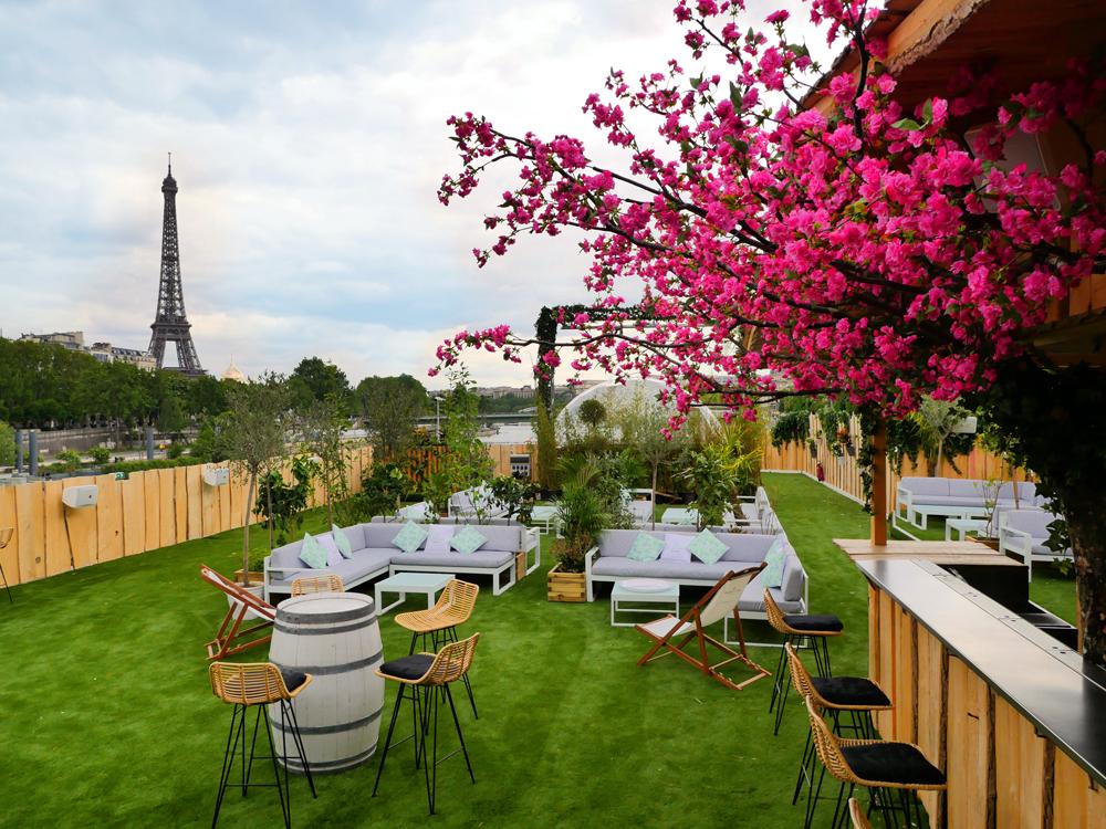 Mademoiselle Mouche, nouveau rooftop estival avec vue sur la Tour Eiffel