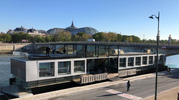 Fluctuart, premier lieu flottant d'art urbain à Paris