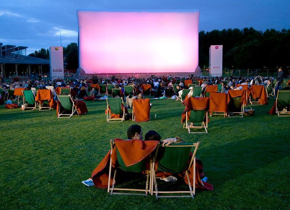 Un festival de cinéma en plein air au coeur de Paris