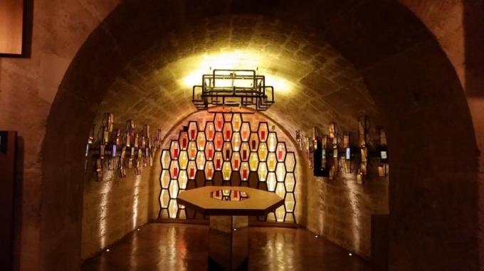 Vinochromie : dégustation de Beaujolais dans les caves du Louvre